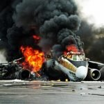 Un avion s-a prăbușit într-o casă din Carolina de Nord și a omorât un om